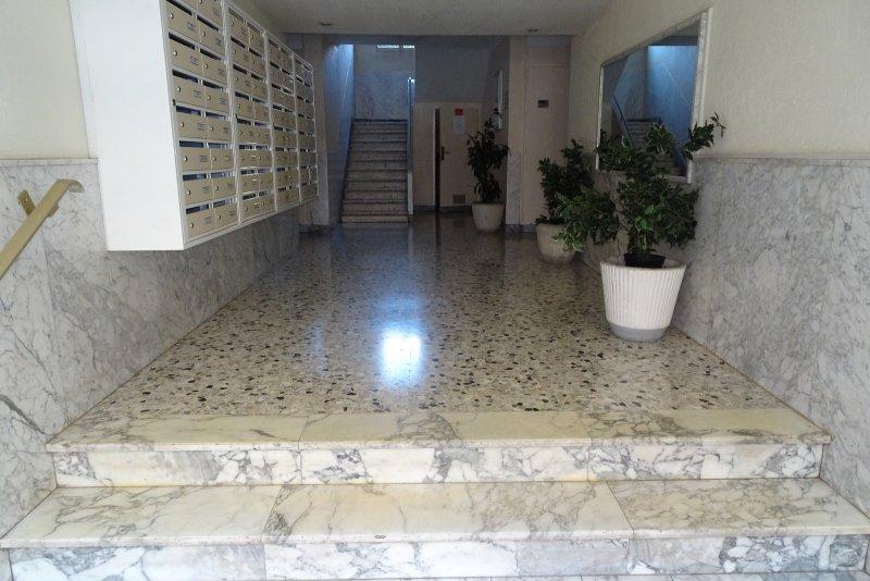 Vente appartement 1 pieces de 28 m2 06400 cannes 3342 cannes banane martinez studio 28m2 - Cabinet bourgeois cannes ...