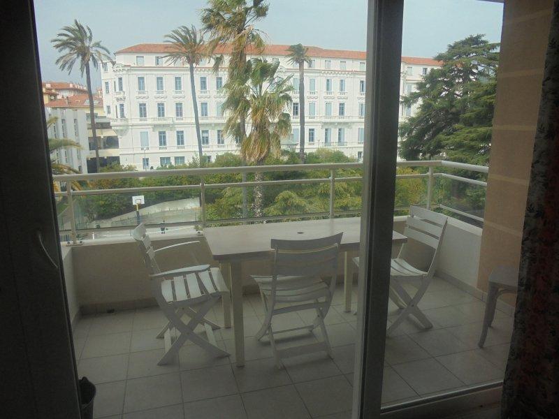 Vente appartement 2 pieces de 40 m2 06400 cannes 3215 - Cabinet bourgeois cannes ...