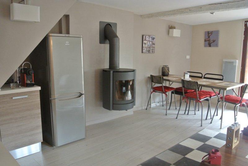 vente appartement 3 pieces de 53 m2 06660 st etienne de tinee 3247 saint etienne de tinee. Black Bedroom Furniture Sets. Home Design Ideas
