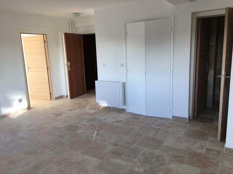 Location appartement 2 pieces de 53 m2 06800 cros de cagnes 5032 cros de cagnes - Cabinet bourgeois cannes ...